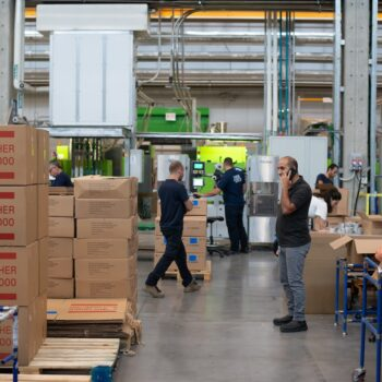 How to Evaluate Potential Overseas Distributors